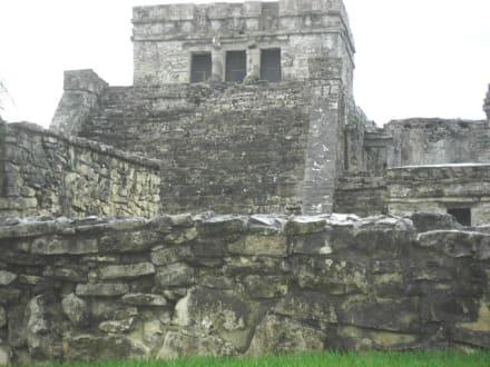 Grabstätten von Tulum - Ruinen von Tulum