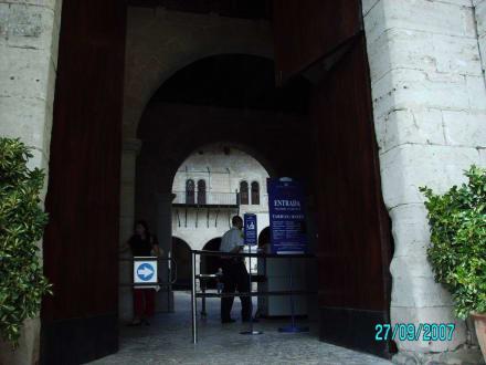 Einfahrt zum Schloß - Königspalast L'Almudaina