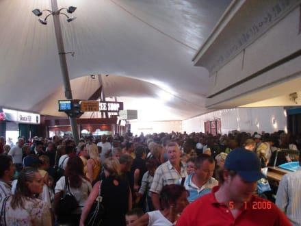 Flughafenchaos ... - Flughafen Hurghada (HRG)