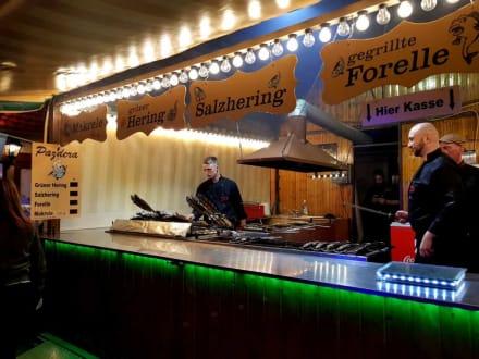 Sehr guter Grill-Fisch - Frühlingsfest Nürnberg