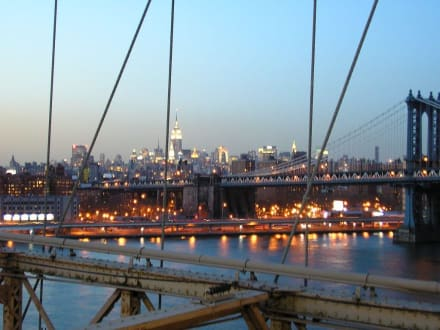 Abends auf der Brooklyn Bridge - Brooklyn Bridge