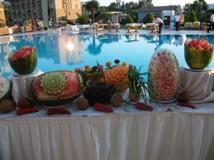 Dekoration bei jedem essen bild hotel victory resort in for Dekoration essen