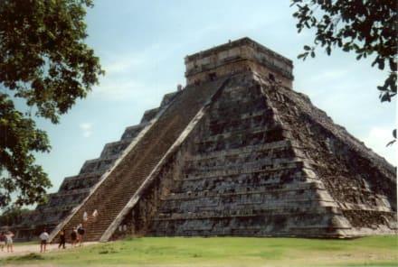 Pyramide von Chichen Itza - Ruine Chichén Itzá