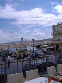Blick auf Hafen - Hafen Rethymno