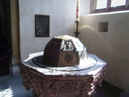 Taufstein - Limburger Dom
