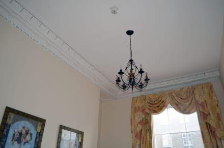 sch ne decken bild amberley house b b in dublin irland irland. Black Bedroom Furniture Sets. Home Design Ideas