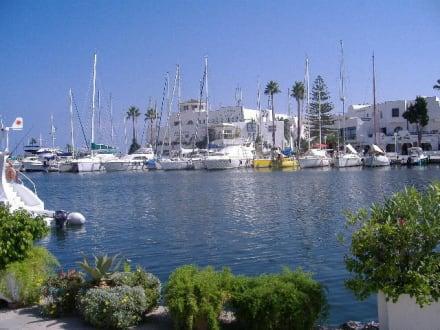 Hafen in Port el Kantaoui - Yachthafen Port el Kantaoui