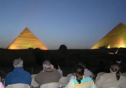 Ton und Lichtshow - Lasershow bei den Pyramiden