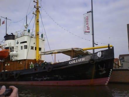 Hafenrundfahrt Bremerhaven - Hafenrundfahrt Bremerhaven