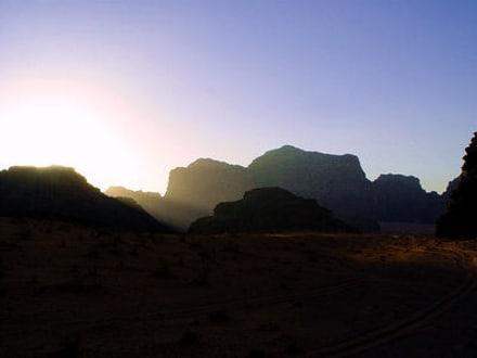 Sonnenuntergang in Wadi Rum - Wüstenlandschaft Wadi Rum