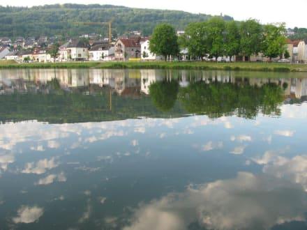 Flusslandschaft - La Belle Fleur