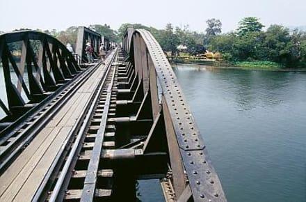 Kanchanaburi - die Brücke am River Kwai - Brücke am Kwai