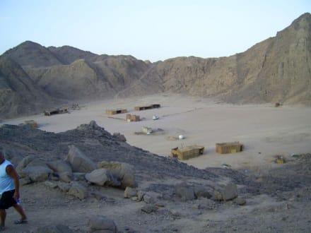 Das Betuinendorf - Jeep Safari Hurghada