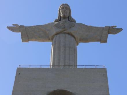 Christo Rei - Cristo Rei Statue