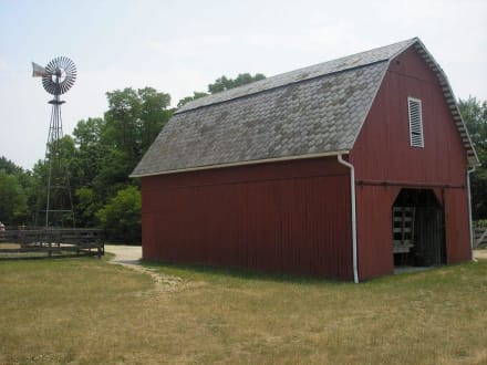 Windrad und Kornkammer - Slate Run Living Historical Farm