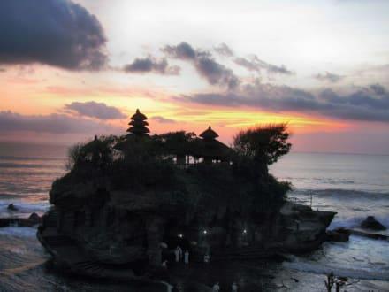 Sonnenuntergang - Tempel Tanah Lot