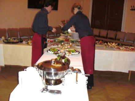 Das Buffet wird vorbereitet - Schloss Moritzburg
