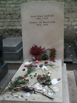 Grab von Sartre - Cimetière de Montparnasse (Friedhof)