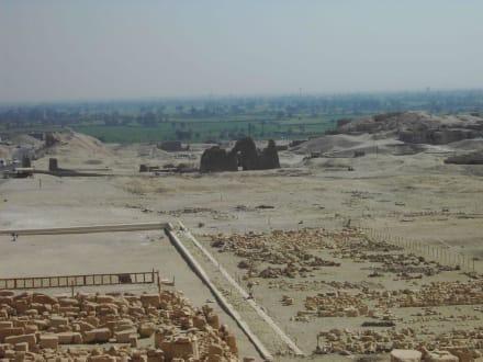 Tolle Aussicht - Tempel der Hatschepsut