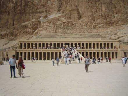 Hatschepsut Tempel - Tempel der Hatschepsut