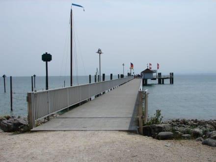 Schiffsanlegestelle - Am Häfele