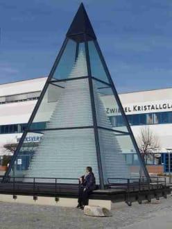 Größte Glaspyramide der Welt - Schott-Werke