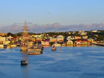 Panorama-Bild von St.John's - Hafen St. John's
