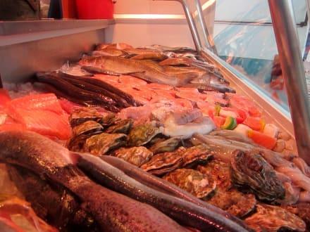 Auf dem Fischmarkt - Hamburger Fischmarkt