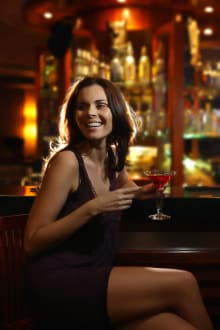 Bar with Model -
