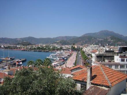 Blick auf Marmaris und Hafen - Yachthafen Marmaris