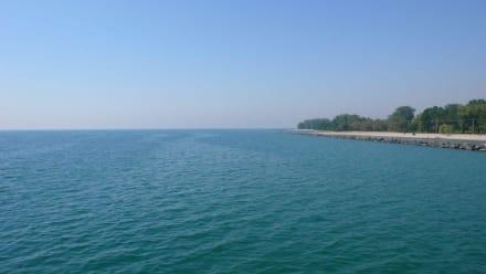 Strand und Blick auf den Ontario-See - Toronto Islands