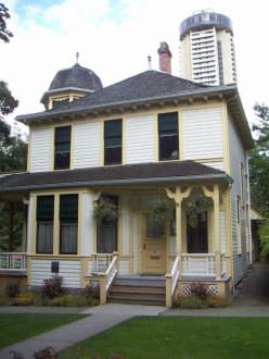 Roedde House - Downtown