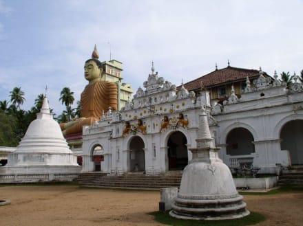 Tempel in Dickwella - Wewurukannala Vihara Tempel