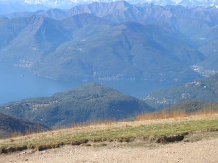 Blick auf den Norden des Lago Maggiore - Monte Lema