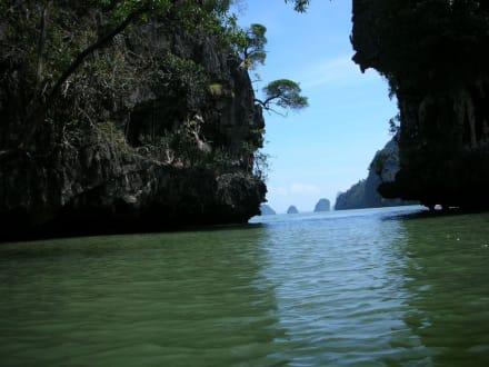 Kajakfahrt - Kajaktour Phang Nga