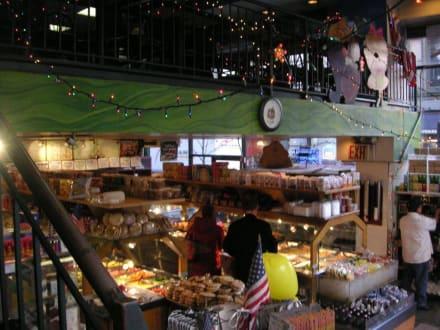 Brooklyn Bagel - Brooklyn Bagel