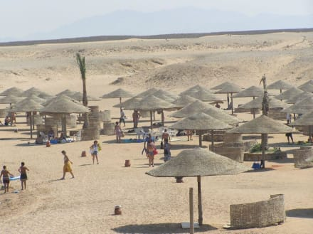feiner Sandstrand - Sharm El Naga