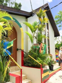 Bob Marley  - Bob Marley Geburtshaus & Mausoleum