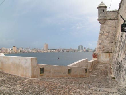 Castillo und Malecon - Castillo de los tres Reyes del Morro