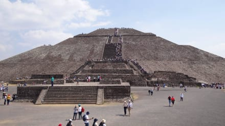 Sonnenpyramide - Teotihuacan