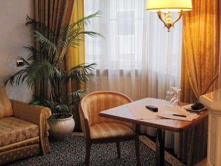 Leseecke - Hotel Goldener Adler