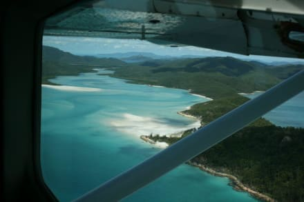 Air Whitesundy Überflug Whitehaven Beach - Flug über Great Barrier Reef