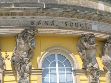Schloß Sans Souci - Schlosspark Sanssouci