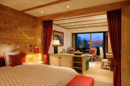 suiten in der sonnenalp bild sonnenalp resort in. Black Bedroom Furniture Sets. Home Design Ideas