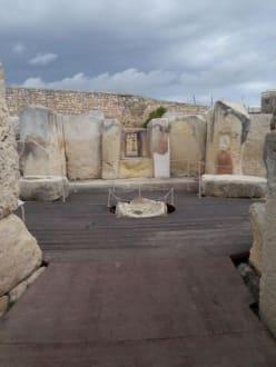 Auf dem Rundweg durch die Tempelanlage - Tempelanlage von Tarxien