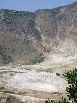 Nisyros Vulkankrater - Vulkankrater auf Nisyros