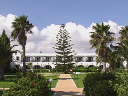 Exterior view - Hotel El Mouradi Beach
