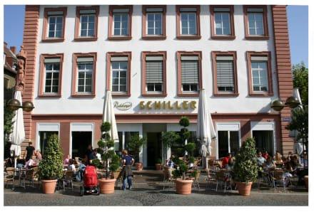 """Das """"Schiller"""" am Schillerplatz - Schillerplatz"""