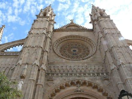 Hauptportal der Kathedrale La Seu - Kathedrale La Seu