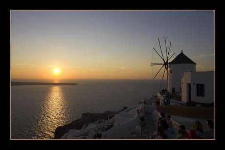 Sonnenuntergang bei Oia - Windmühlen